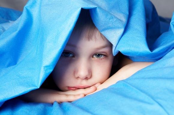 Insonnia nei bambini: i cibi che aiutano il sonno