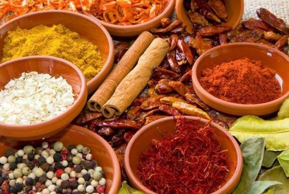Dieta delle spezie: ecco quelle che accelerano il metabolismo