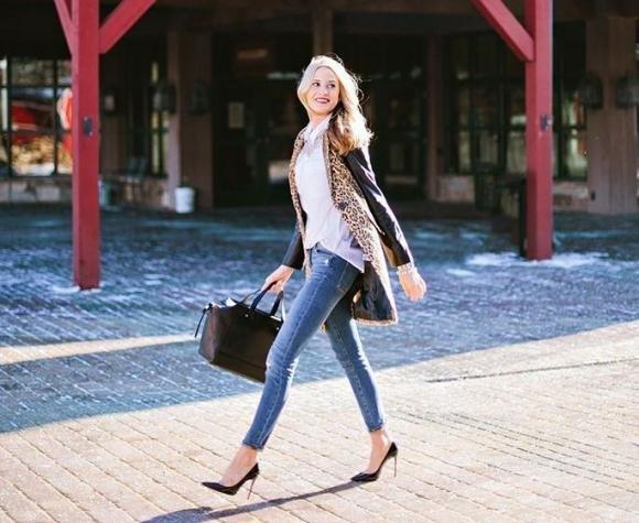 Come indossare i jeans in ufficio: i consigli per non sbagliare
