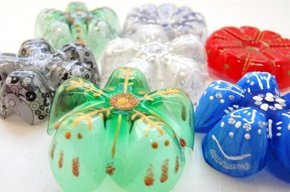 Bricolage Con Bottiglie Di Plastica.Palline Di Natale Fai Da Te Idee Semplici Da Realizzare