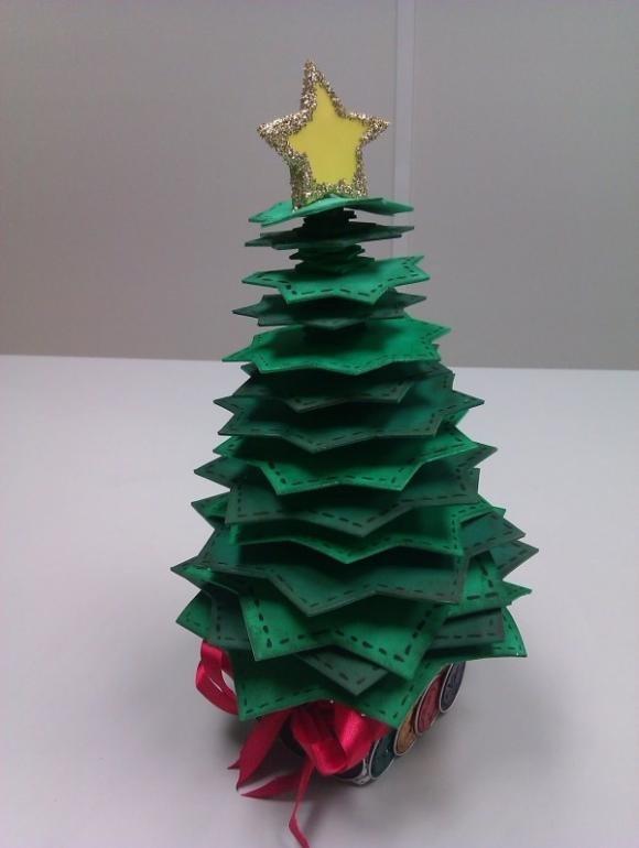 Albero Di Natale Originale Fai Da Te.Alberi Di Natale Fai Da Te Idee Originali E Particolari