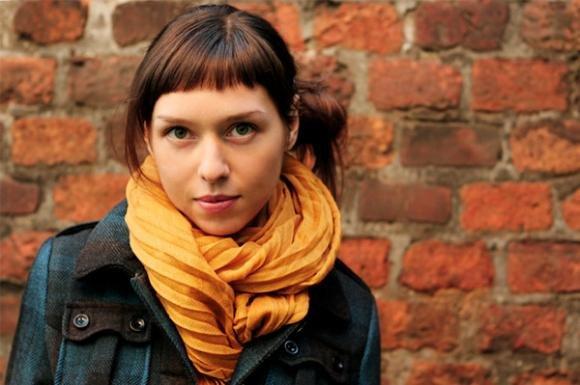 10 modi per annodare la sciarpa ed essere alla moda