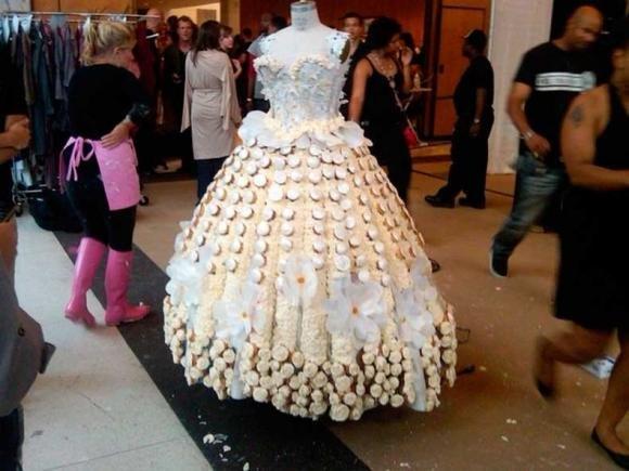 Abiti da incubo: ecco gli abiti da sposa più brutti di sempre