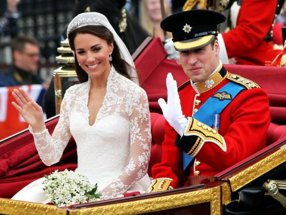 Nozze da favola: ecco gli abiti più belli dei matrimoni dei reali