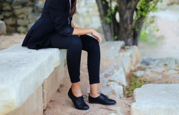 on feet shots of quality products genuine shoes Scarpe francesine: come abbinarle