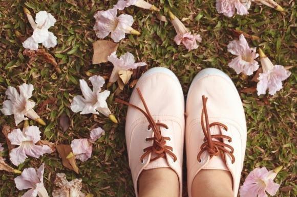 Ecco alcuni problemi che solo le donne con i piedi piccoli possono capire
