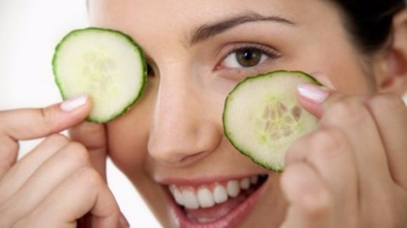 Come eliminare le occhiaie con rimedi fai da te