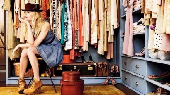 Come organizzare un armadio in modo perfetto