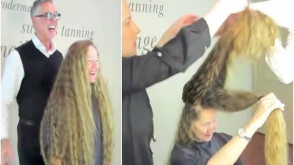 Non taglia i capelli da tantissimi anni e decide di cambiare look. La sua trasformazione è mozzafiato!