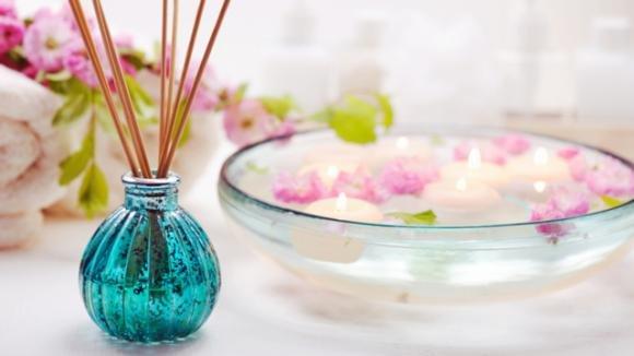Come creare un diffusore aromatico per la casa