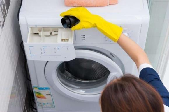 Aceto In Lavatrice Come Usarlo Come Ammorbidente E Anticalcare