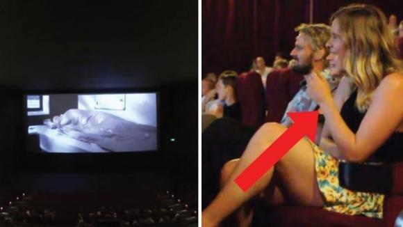 Va al cinema con il suo ragazzo. Quando si spengono le luci, inizia un film del tutto inaspettato