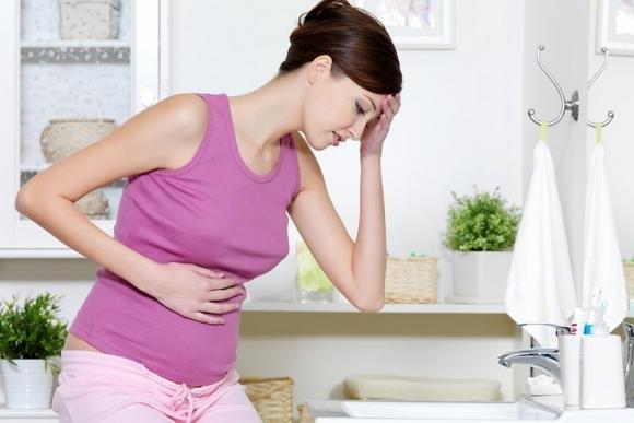 Bruciore di stomaco in gravidanza: cosa mangiare per prevenirlo