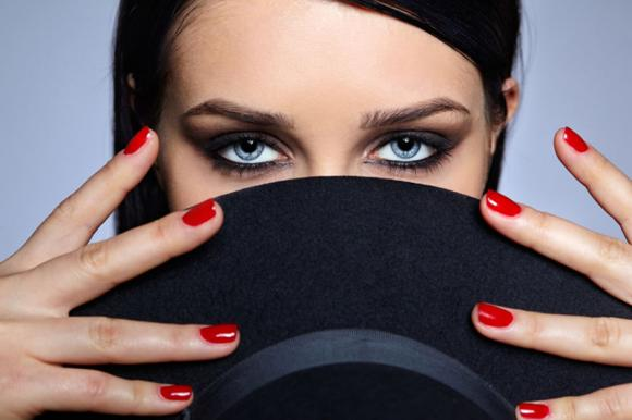 Come truccare gli occhi: consigli e regole da seguire