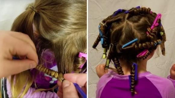 Avvolge i capelli della figlia nelle cannucce. Quando il papà le scioglie i capelli…il risultato è stupendo!