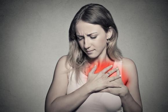 Sintomi infarto: ecco i campanelli d'allarme per le donne