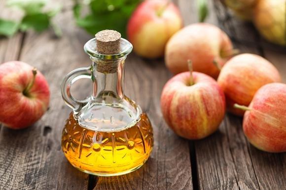 Aceto di mele per dimagrire: come usarlo e dieta da seguire