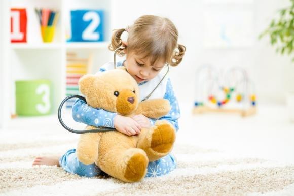 Rosolia nei bambini e in gravidanza: sintomi, rischi e cure