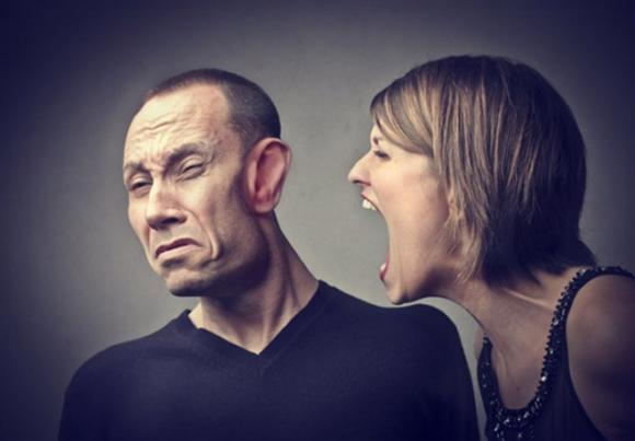 La voce delle donne stressa gli uomini e stanca il cervello maschile - Page  2 of 2