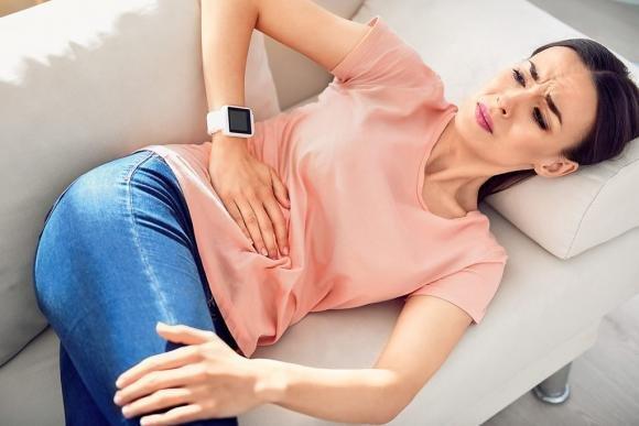 Colite ulcerosa: sintomi, cause, cura e dieta alimentare