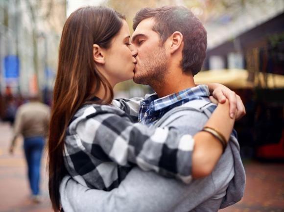 Come baciare un ragazzo