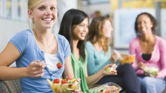 L'alimentazione corretta degli adolescenti