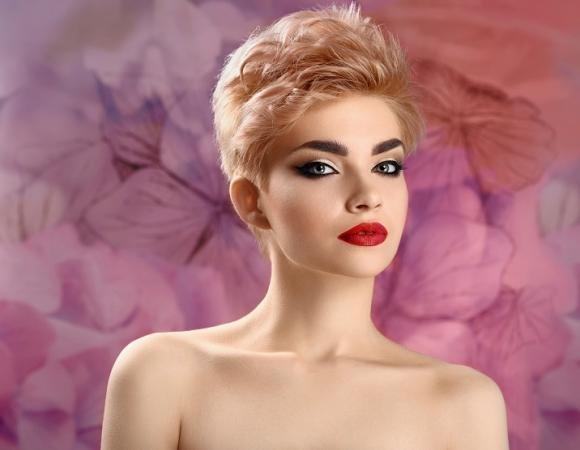 Acconciature per capelli corti: alcuni consigli per un look perfetto