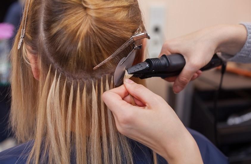 allungamento capelli corti