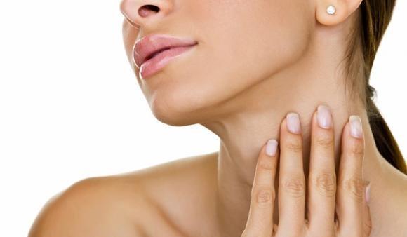 Linfonodi del collo ingrossati: cause, rimedi e quando preoccuparsi