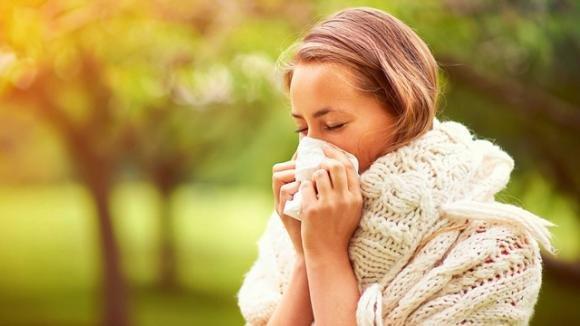 Come stappare il naso chiuso: cure e rimedi naturali