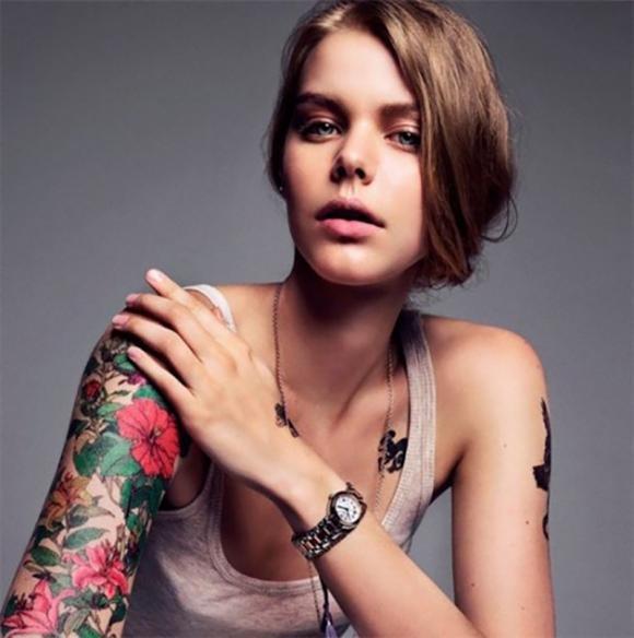 Tatuaggi fiori: quali sono e significato dei simboli