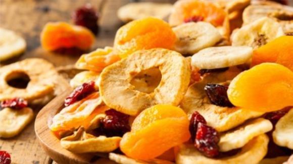 Frutta disidratata: proprietà, benefici e come consumarla