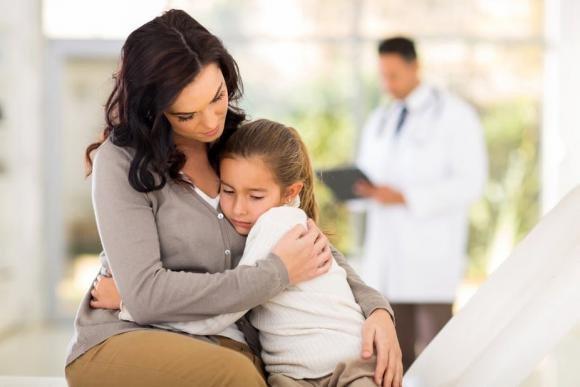 Acetone nei bambini: i sintomi, le cause e cosa mangiare