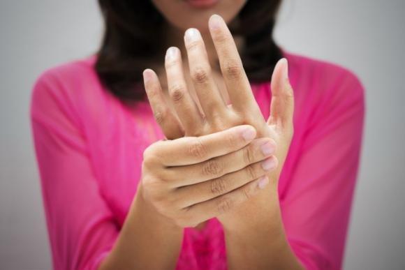 Sindrome del tunnel carpale: cos'è, sintomi e cura