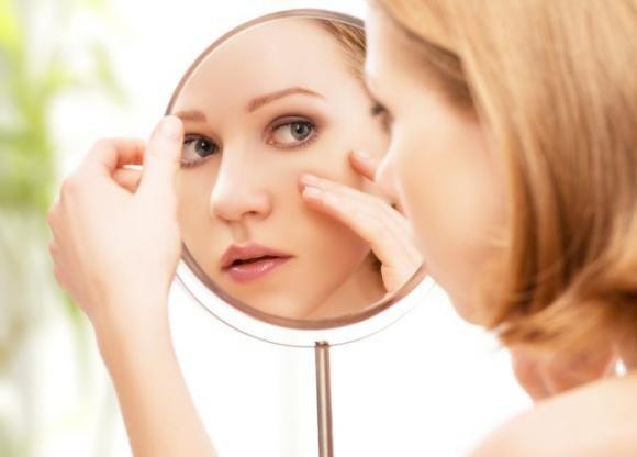 Come eliminare i brufoli dal viso
