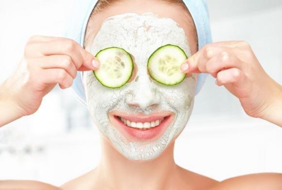 Maschera viso fai da te: come farla con ingredienti naturali e in modo semplice