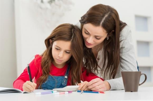 Cosa fare se tuo figlio prende brutti voti a scuola