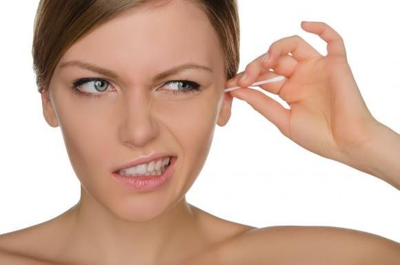 Come pulire le orecchie