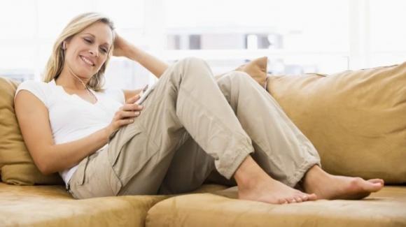 Tenere le scarpe in casa: 5 motivi per cui non dovremmo mai farlo