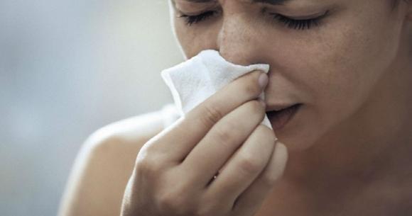Croste nel naso: cause e rimedi per eliminarle