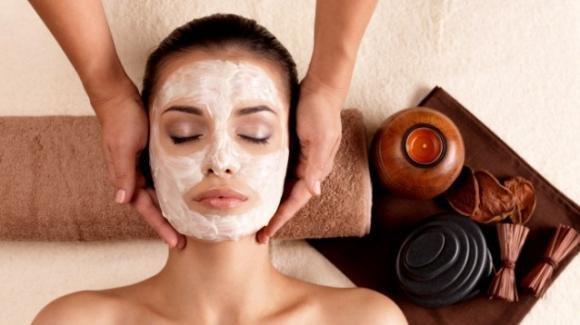Argilla bianca: proprietà e benefici sulla pelle e sui capelli