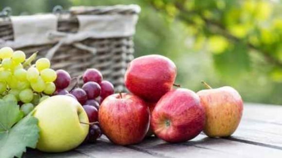 Effetti benefici dell'uva e della mela combinate insieme
