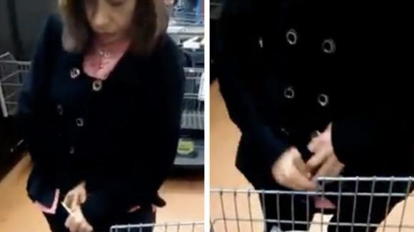 La bloccano all'uscita del supermercato e le chiedono di spogliarsi: tutti i dipendenti restano basiti