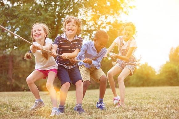 Challenge da fare: le più divertenti per bambini e adolescenti