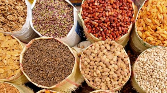 Come accelerare il metabolismo e bruciare i grassi con i semi