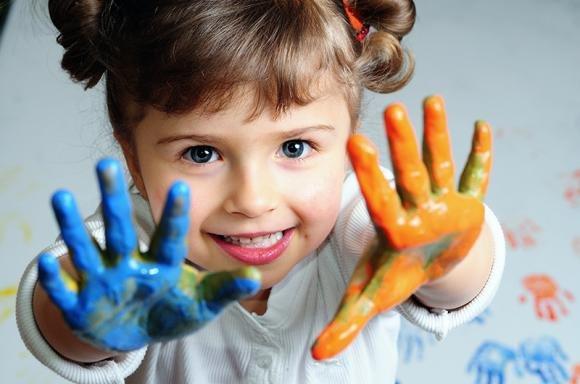Giochi per bambini dai 2 ai 10 anni: i migliori per lo sviluppo