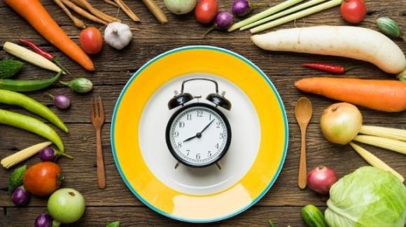 La dieta dell'orologio. Come regolarizzare la propria alimentazione per non ingrassare