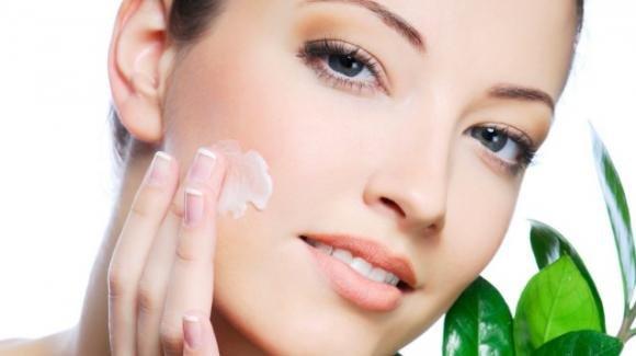 Skin care: gli step fondamentali per una pelle sana, curata e bella