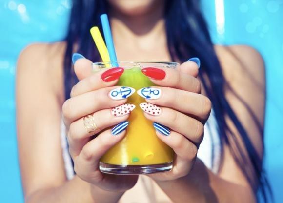 Disegni sulle unghie facili: come farli e idee originali