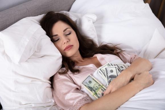 Sognare soldi: interpretazioni del sogno e significati